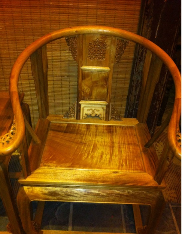 金丝楠木精品家具欣赏.太师椅,罗汉床