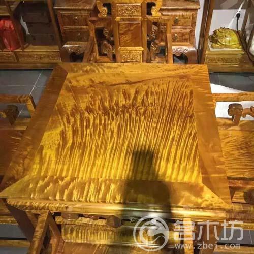 金丝楠木家具:休闲八仙桌