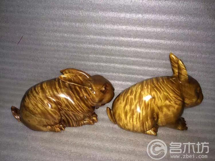 金丝楠极品枯木料摆件兔子