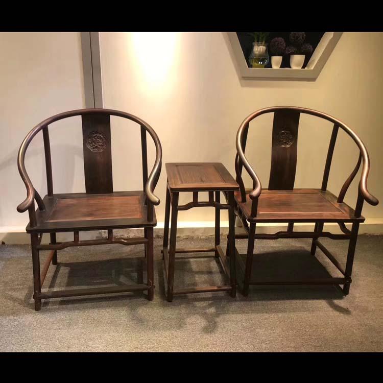 大红酸枝(交趾黄檀)独板,加大型圈椅三件套
