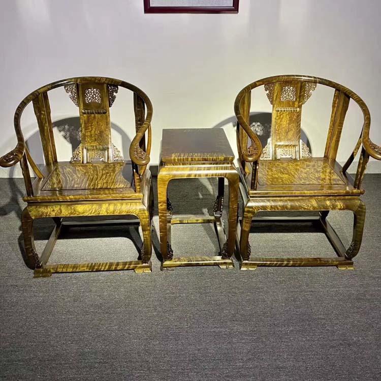 金丝楠乌木千年绿料皇冠椅皇宫椅三件套