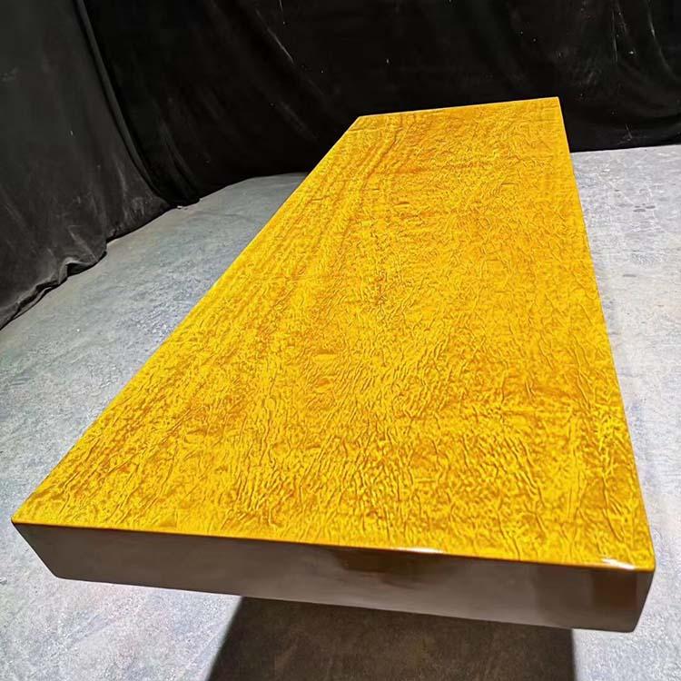 金丝楠木实木龙胆纹大板