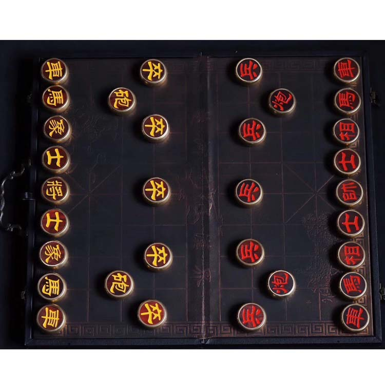 小叶紫檀包铜象棋