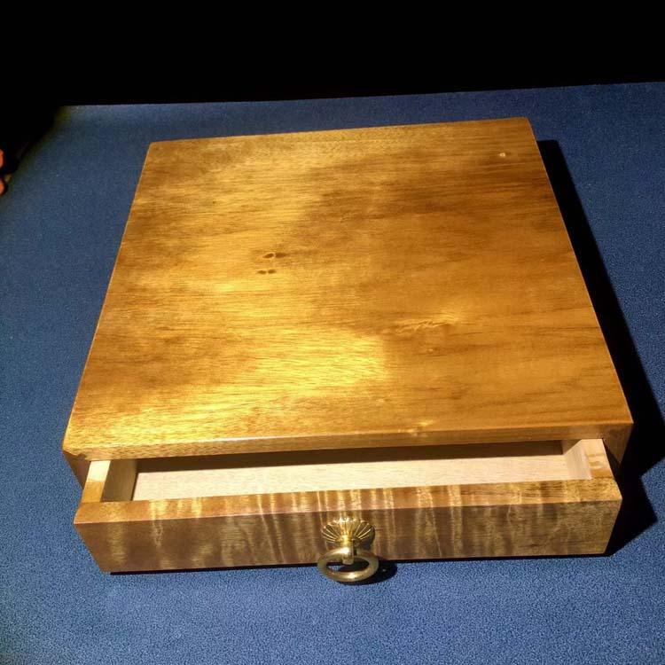 小叶金丝楠百年枯木老料首饰盒或普洱茶盒主图